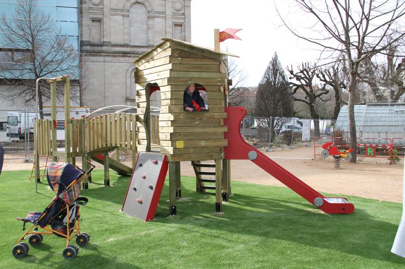 Un nouvel espace de jeux au jardin henri vinay site for Jardin henri vinay