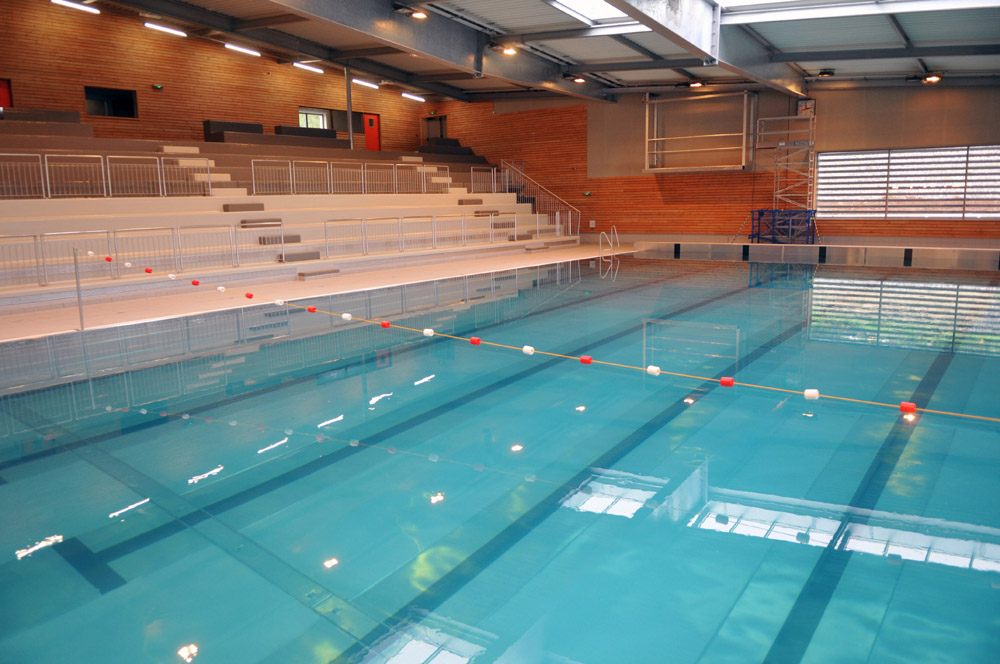 Site officiel de la mairie du puy en velay sports loisirs - Piscine la vague le puy en velay ...