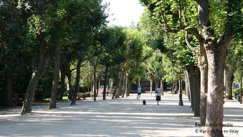 Site officiel de la mairie du puy en velay cadre de vie for Le jardin henri vinay